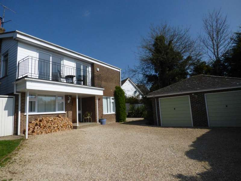 4 Bedrooms Detached House for sale in Lambourne Way, Thruxton, Andover SP11