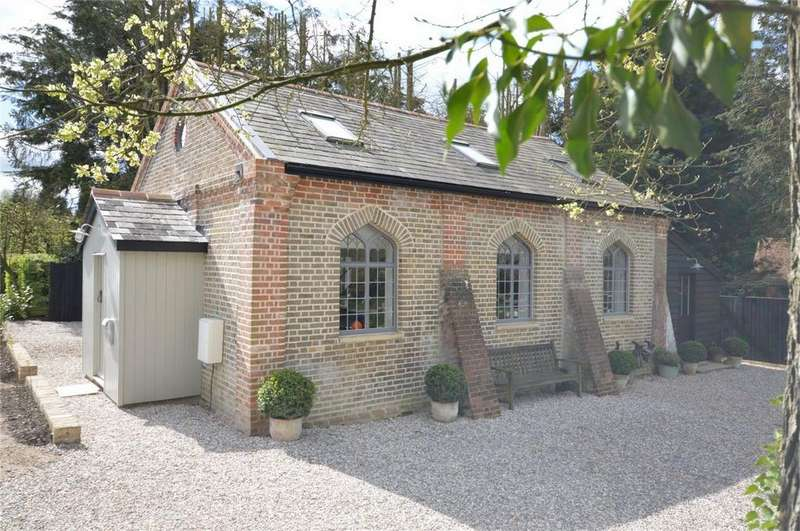 3 Bedrooms Cottage House for sale in Chapel, Harlow Road, High Laver, Ongar, Essex