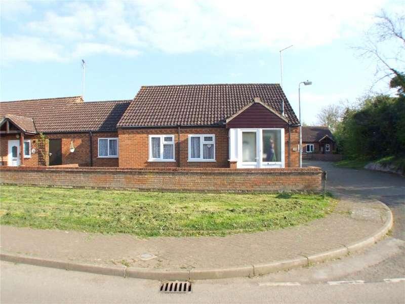 3 Bedrooms Semi Detached Bungalow for sale in Ash Close, Langtoft, Peterborough, PE6