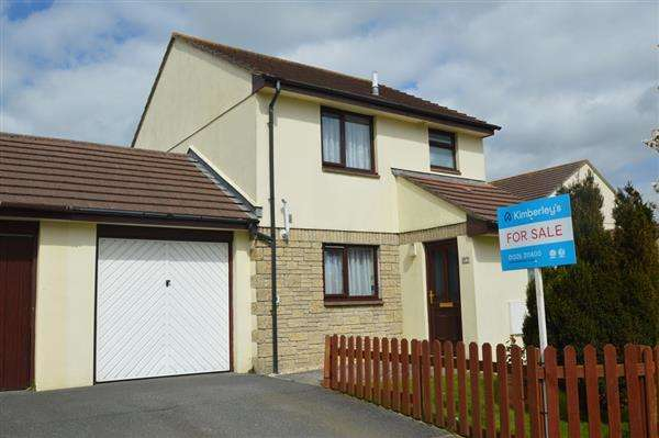 3 Bedrooms Semi Detached House for sale in HELSTON
