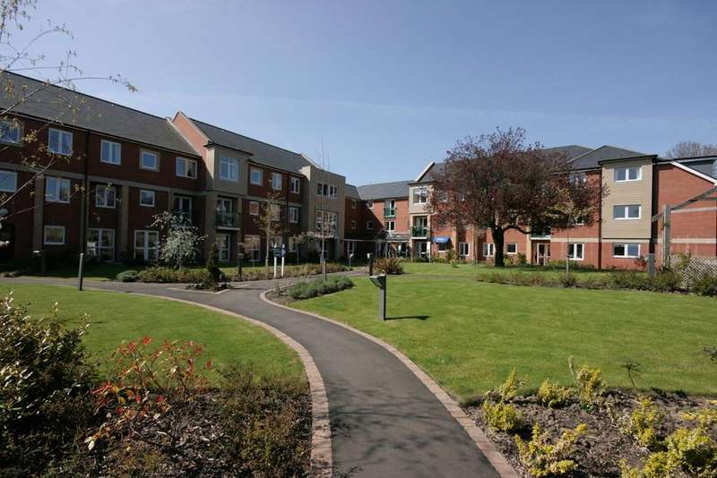 1 Bedroom Retirement Property for sale in Henderson Court, North Road, Ponteland, Newcastle upon Tyne, NE20