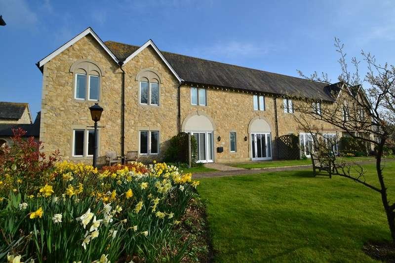 3 Bedrooms Terraced House for sale in Salisbury