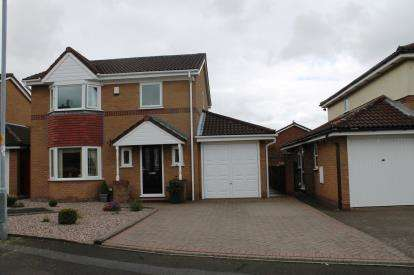 3 Bedrooms Detached House for sale in Rosewood Close, Dukinfield, Greater Manchester