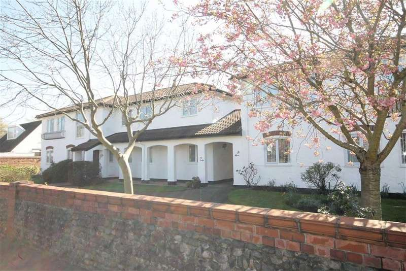 2 Bedrooms Property for sale in Seville Court, Lytham