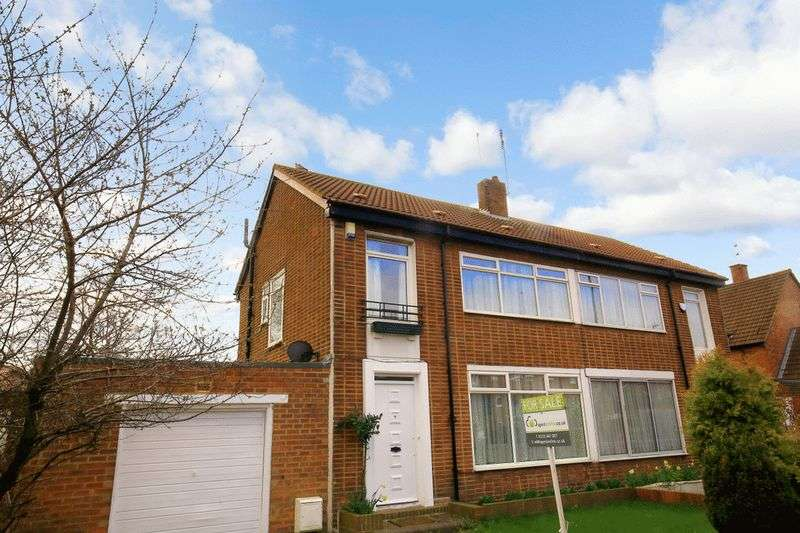 3 Bedrooms Semi Detached House for sale in Broadway West, Newcastle Upon Tyne