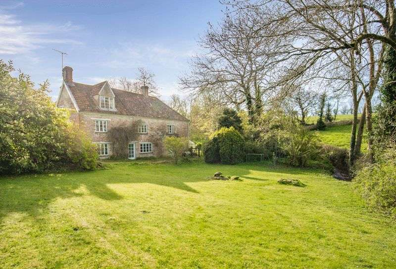 6 Bedrooms Detached House for sale in Very attractive property in a peaceful location on edge of popular village of Pilton.