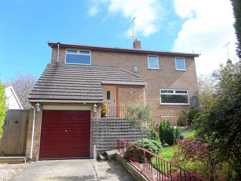 4 Bedrooms Detached House for sale in Hesketh Road, Old Colwyn