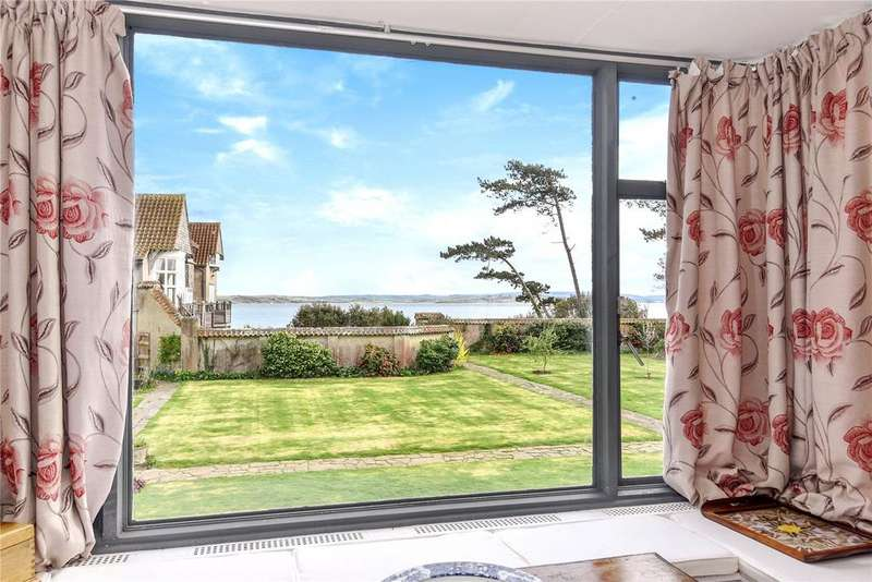 5 Bedrooms Detached House for rent in Lepe, Southampton, SO45