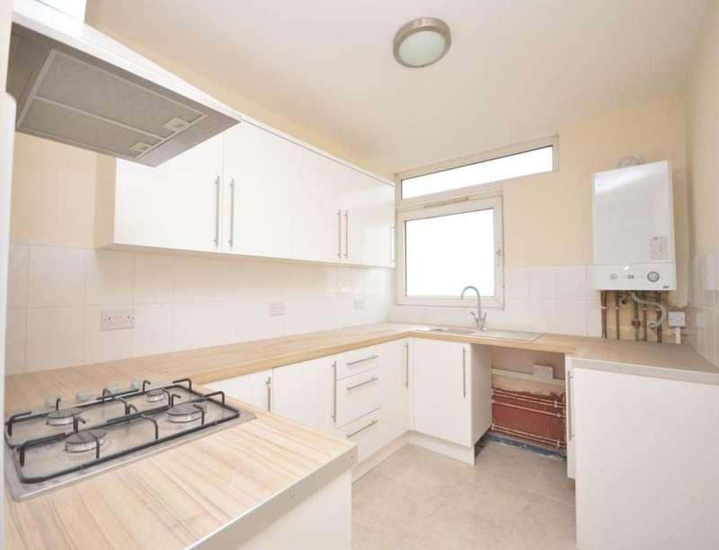 2 Bedrooms Flat for sale in Ambleside Point Tustin Estate, London, SE15