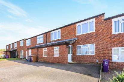 3 Bedrooms Terraced House for sale in Firecrest, Letchworth Garden City, Hertfordshire, England