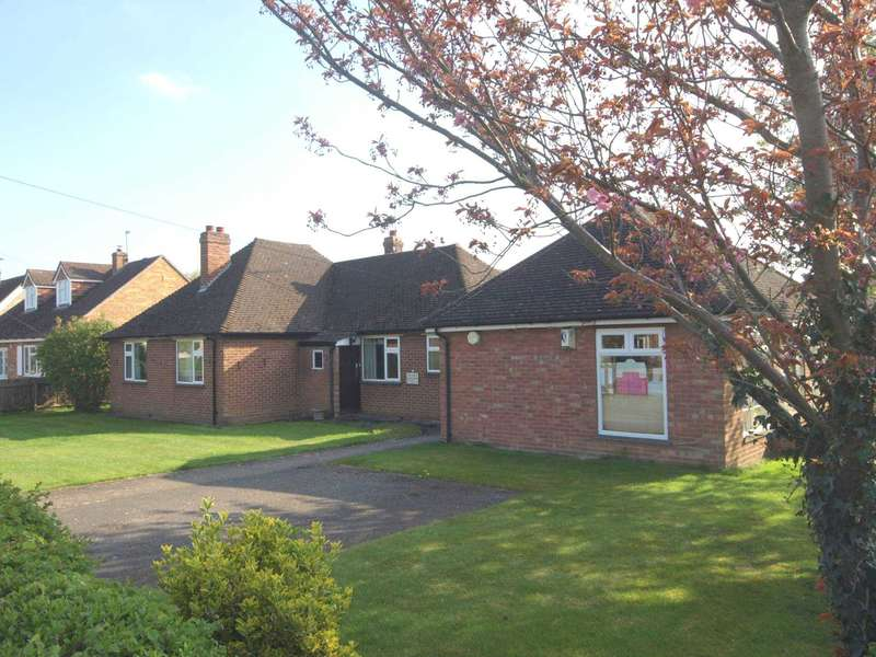 3 Bedrooms Detached House for sale in Sherwood Close, Launton