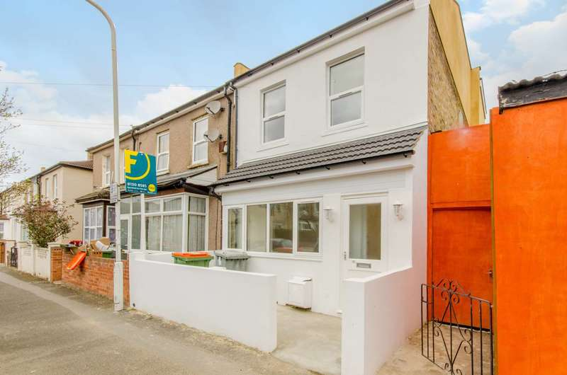 6 Bedrooms End Of Terrace House for sale in Buckingham Road, Stratford, E15
