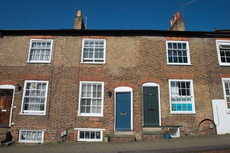 2 Bedrooms Terraced House for sale in Spencer Street, St Albans