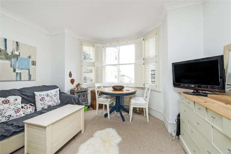 Studio Flat for sale in Onslow Road, Richmond
