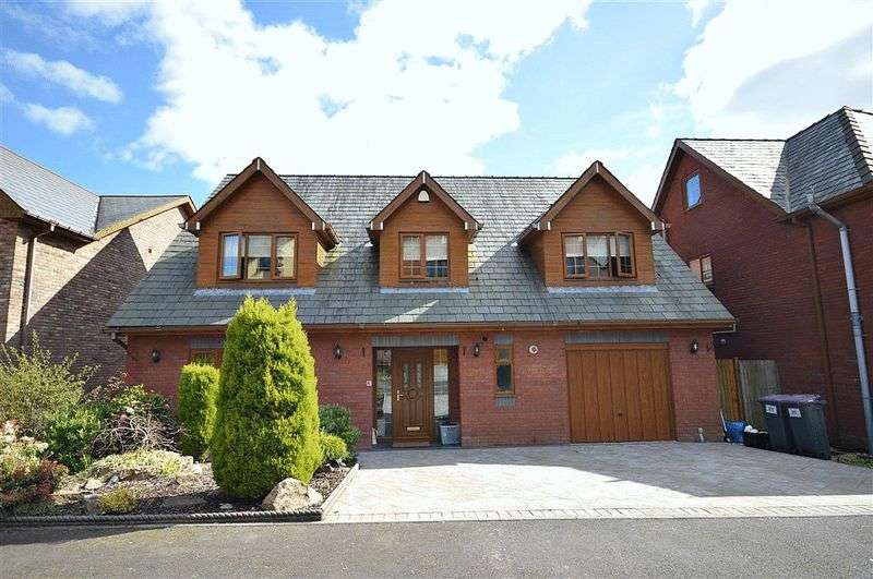 4 Bedrooms Detached House for sale in Hill Close, Pontypool