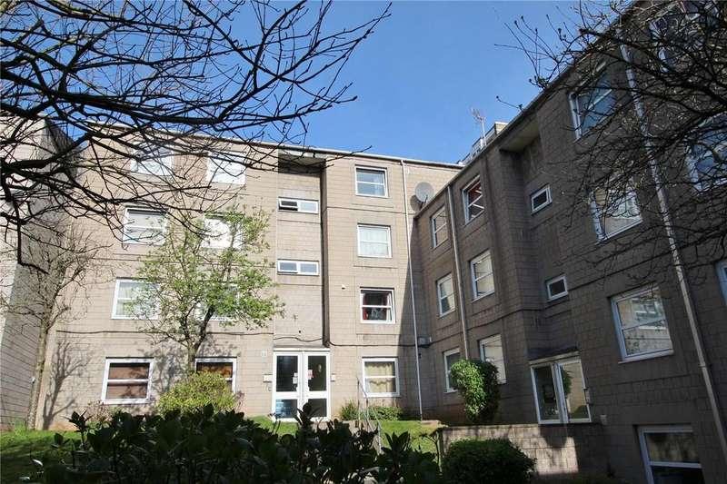 Studio Flat for sale in Dighton Court, Princess Row, Bristol, Somerset, BS2