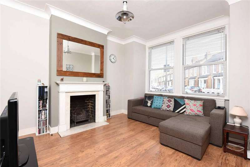 2 Bedrooms Maisonette Flat for sale in Balvernie Grove, Southfields, London, SW18