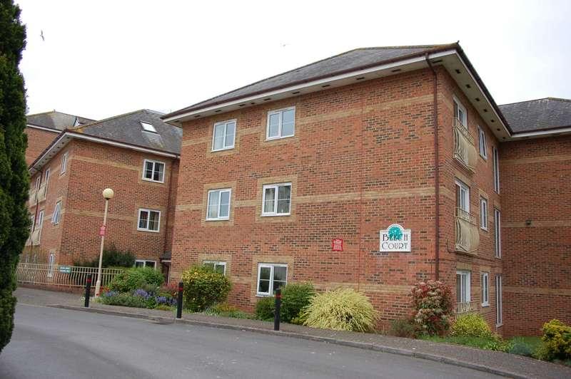 1 Bedroom Retirement Property for sale in Beech Court, Taunton