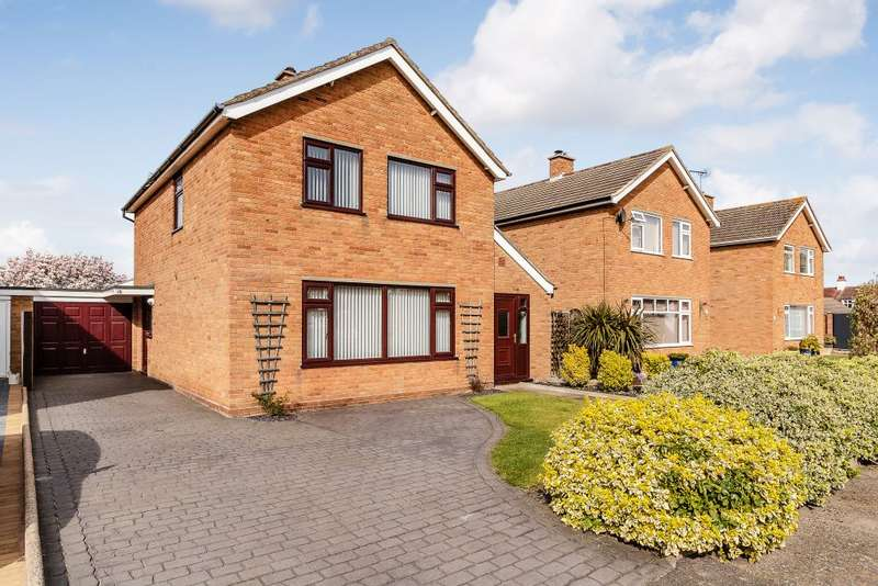 3 Bedrooms Detached House for sale in Conway Close, Felixstowe, Suffolk IP11 9LP