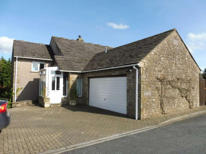 3 Bedrooms Detached House for sale in Links Drive, Bentham