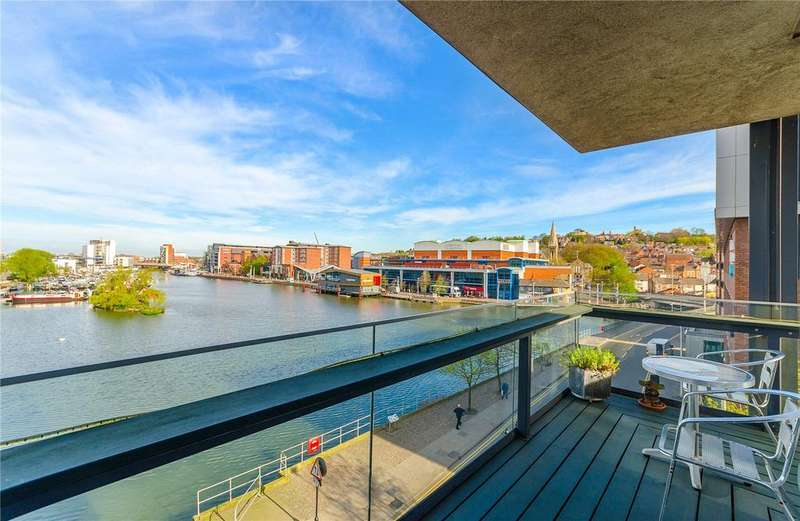 2 Bedrooms Flat for sale in Witham Wharf, Brayford Street, Lincoln, LN5