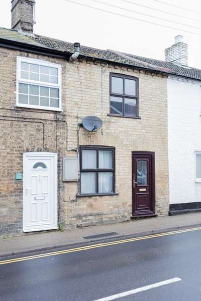 2 Bedrooms Terraced House for sale in High Street, Somersham, Cambridgeshire, PE28