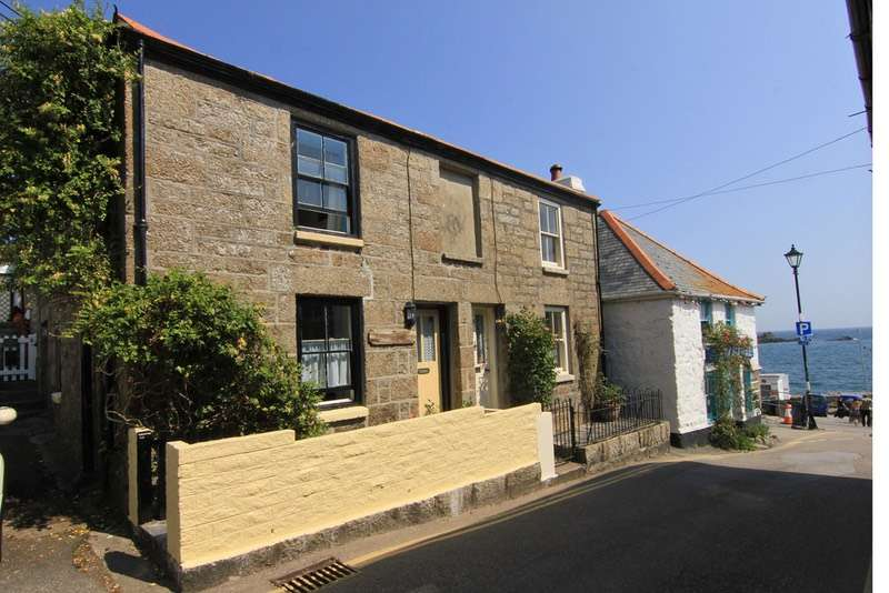 3 Bedrooms Semi Detached House for sale in Quay Street, Mousehole, Cornwall, TR19