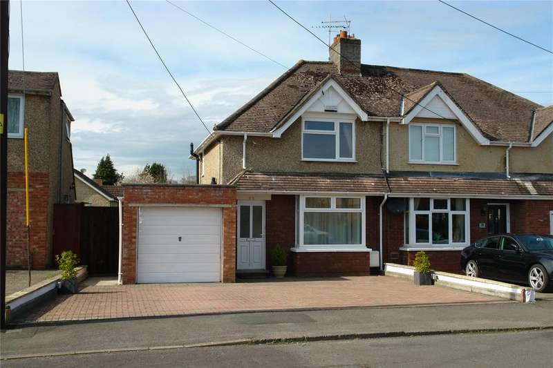 2 Bedrooms Semi Detached House for sale in Park Avenue, Chippenham, Wiltshire