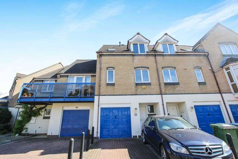 4 Bedrooms Terraced House for sale in Ocean Village