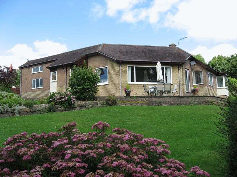 3 Bedrooms Detached Bungalow for sale in Hill Street, Wrexham