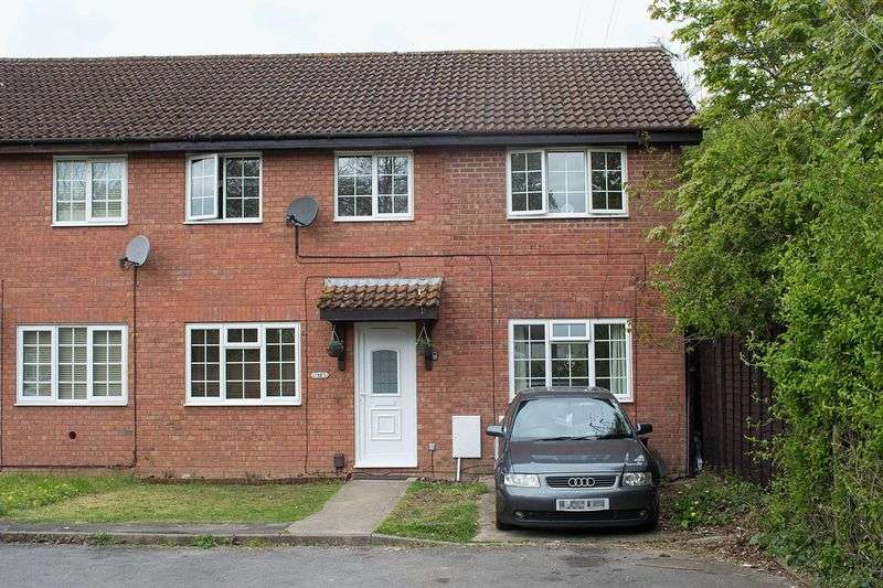 4 Bedrooms Semi Detached House for sale in West Totton