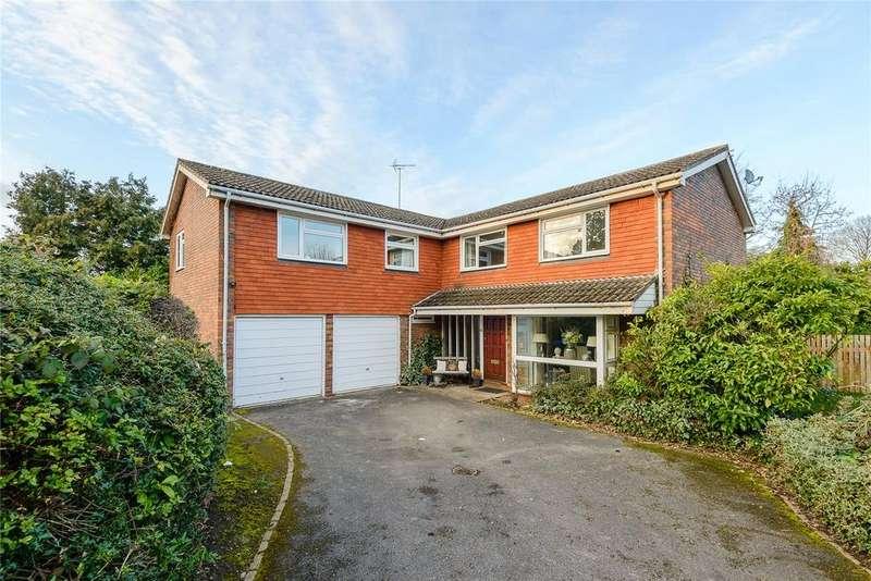 6 Bedrooms Detached House for sale in Huntsmans Meadow, Ascot, Berkshire