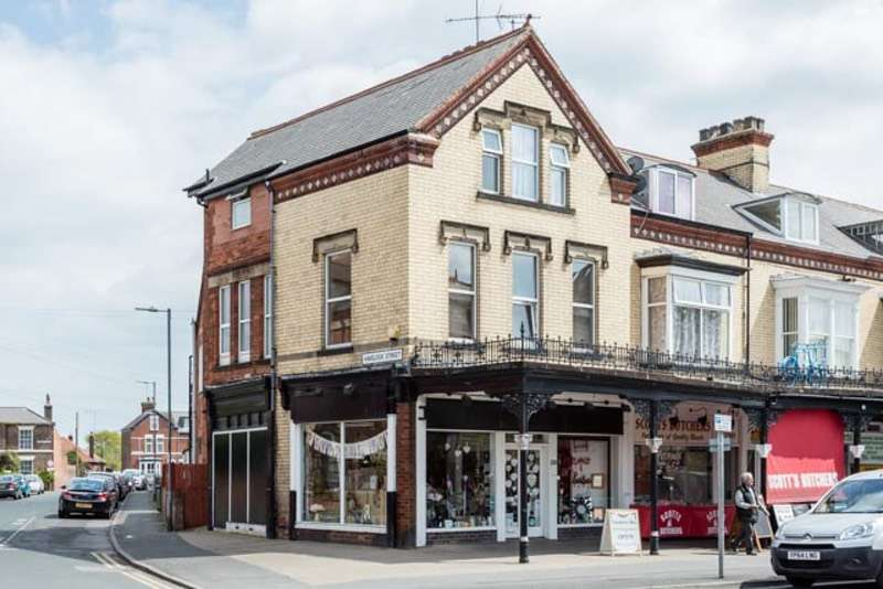 3 Bedrooms Maisonette Flat for sale in Havelock Street, Bridlington, East Yorkshire, YO16