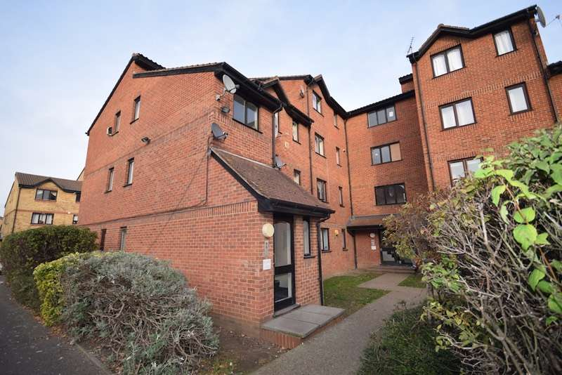 2 Bedrooms Flat for sale in Samuel Close, London, London, SE14