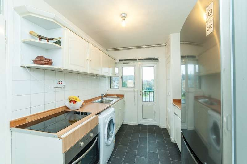 2 Bedrooms Flat for sale in Alexandra Avenue, Harrow, Middlesex, HA2
