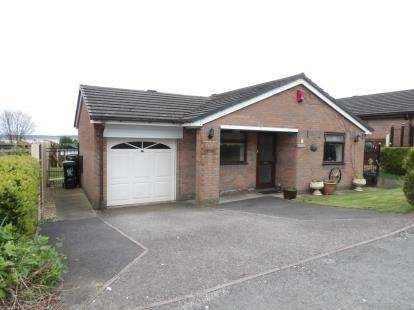3 Bedrooms Bungalow for sale in Bryntirion Road, Bagillt, Flintshire, CH6