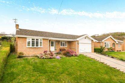 3 Bedrooms Bungalow for sale in Tan Y Bryn, Pwllglas, Ruthin, Denbighshire, LL15