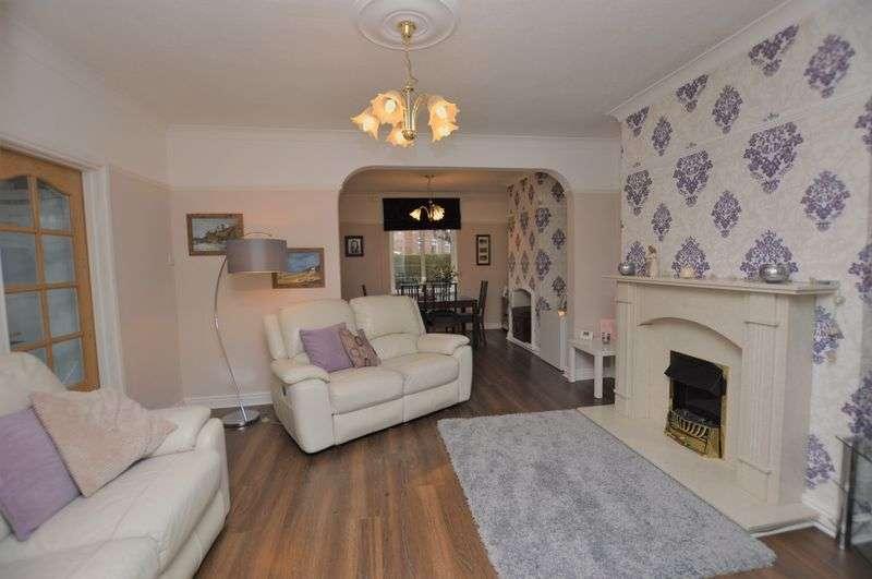 3 Bedrooms Semi Detached House for sale in Mount Avenue, Littleborough