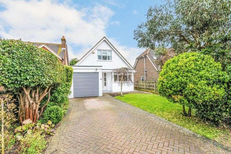 2 Bedrooms Detached House for sale in Newport Drive, Fishbourne, Chichester