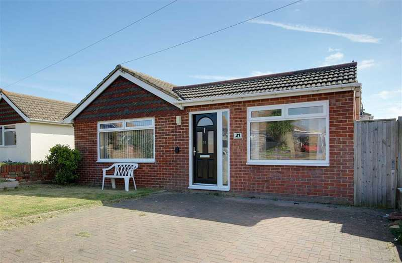 4 Bedrooms Bungalow for sale in Cairo Avenue, Peacehaven