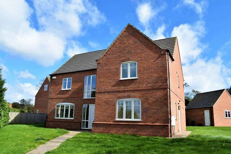 4 Bedrooms Detached House for sale in Main Street, Bonby, North Lincolnshire, DN20