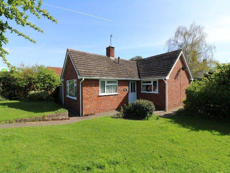 3 Bedrooms Detached Bungalow for sale in Pershore WR10