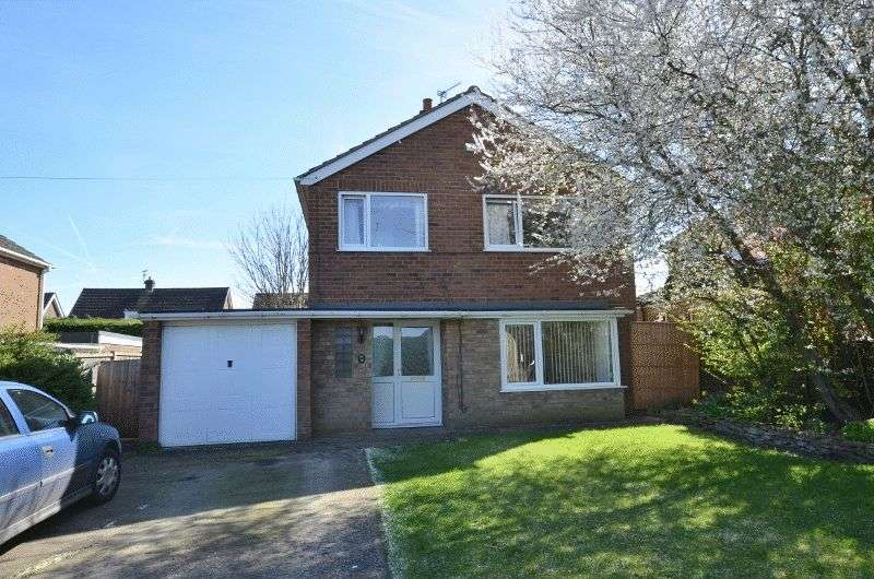 3 Bedrooms Detached House for sale in Gainsborough Road, Scotter, Gainsborough