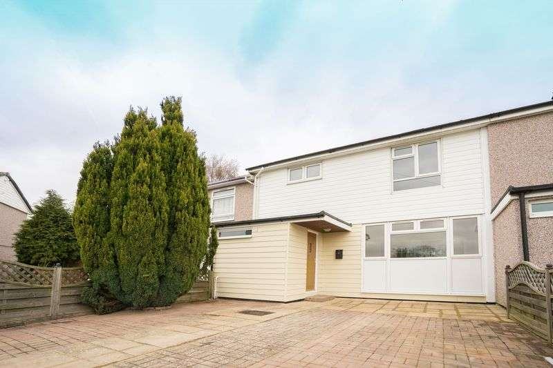 3 Bedrooms Terraced House for sale in Allan Close, Rusthall