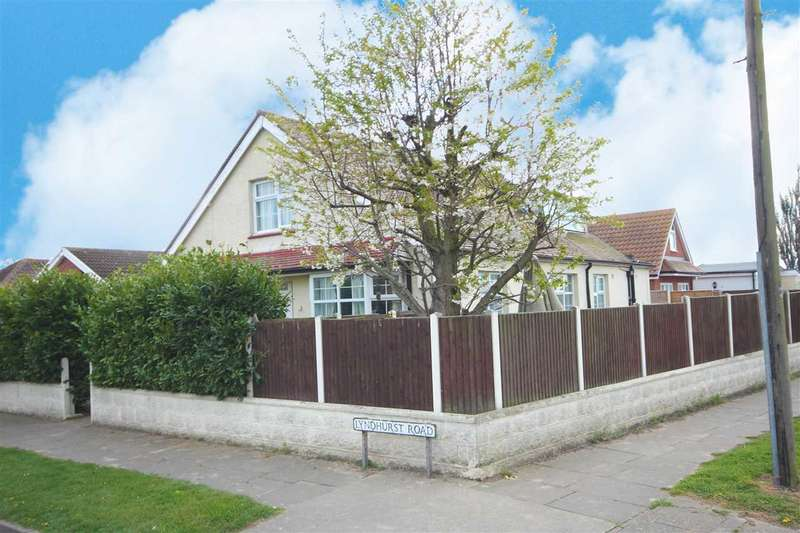 5 Bedrooms Detached House for sale in Lyndhurst Road, Holland-On-Sea