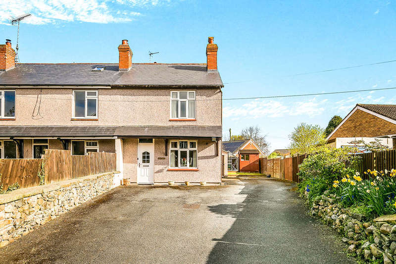 3 Bedrooms Semi Detached House for sale in Old Whittington Road, Gobowen, Oswestry, SY11