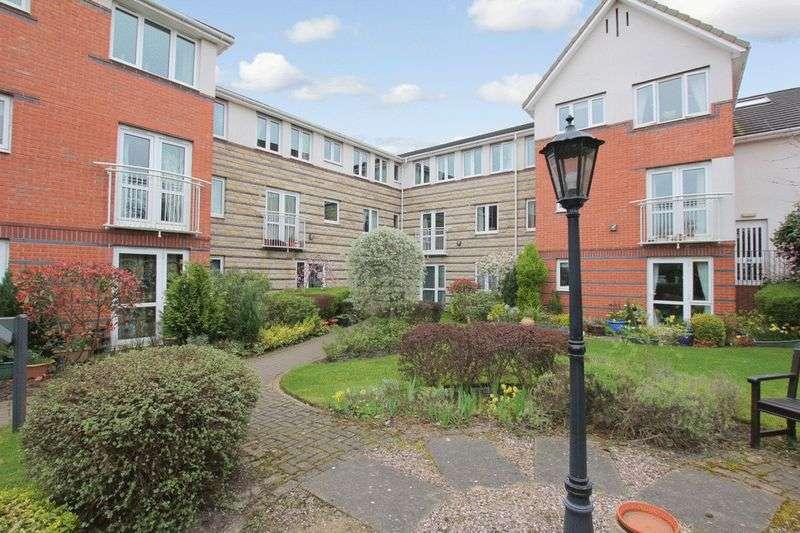 1 Bedroom Retirement Property for sale in St Edmunds Court, Leeds, LS8 1EZ
