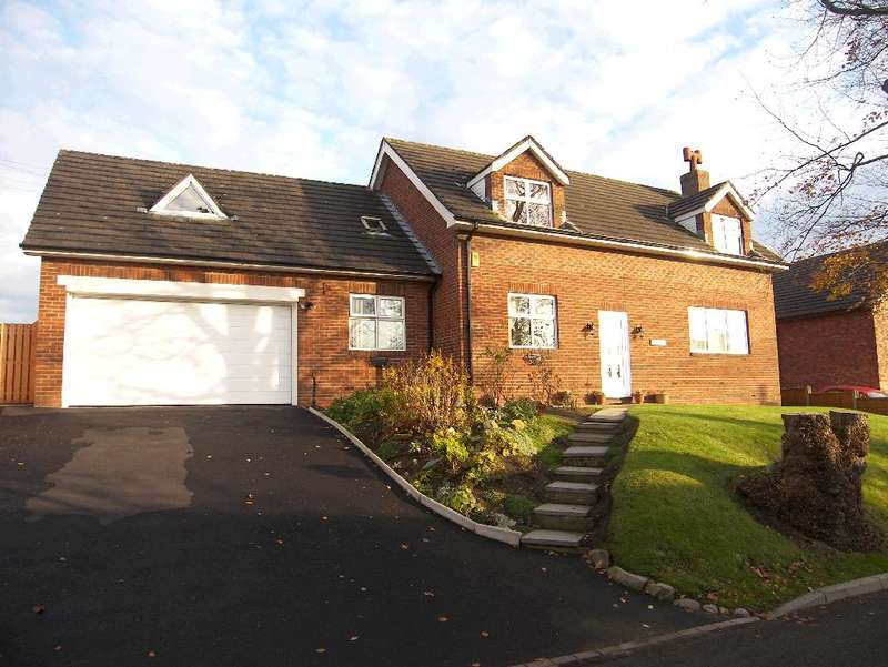 5 Bedrooms Property for sale in Hill Croft, Hambleton, FY6 9AP