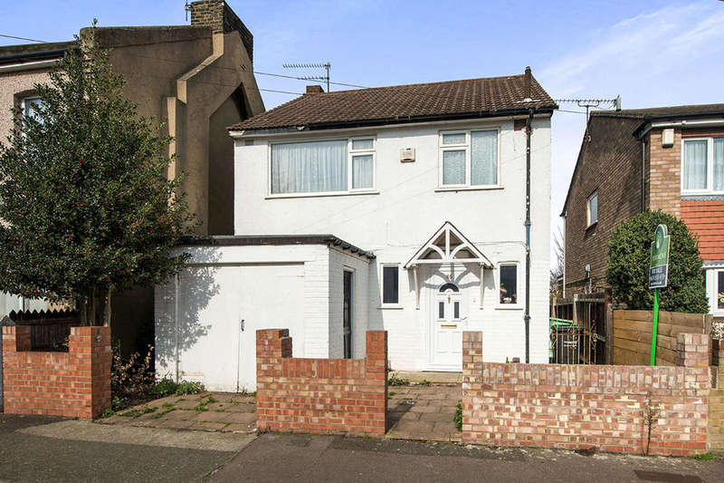 3 Bedrooms Detached House for sale in Raphael Road, Gravesend, DA12