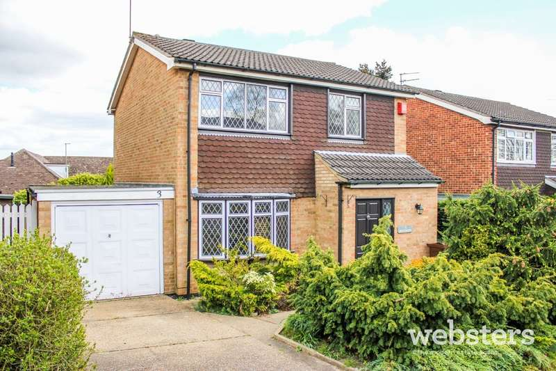 3 Bedrooms Detached House for sale in Birchwood, Norwich NR7